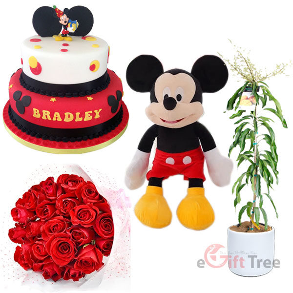 Mickey Mouse Cake with Mickey mouse Dolle